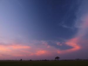 クリックすると拡大できます→◎長太の空に出現したオーロラ? Ⅱ